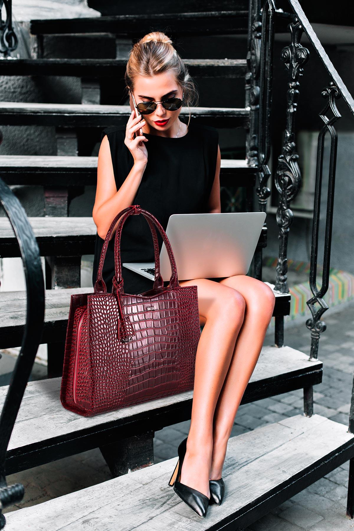 edle businesstasche damen von socha modell croco burgundy