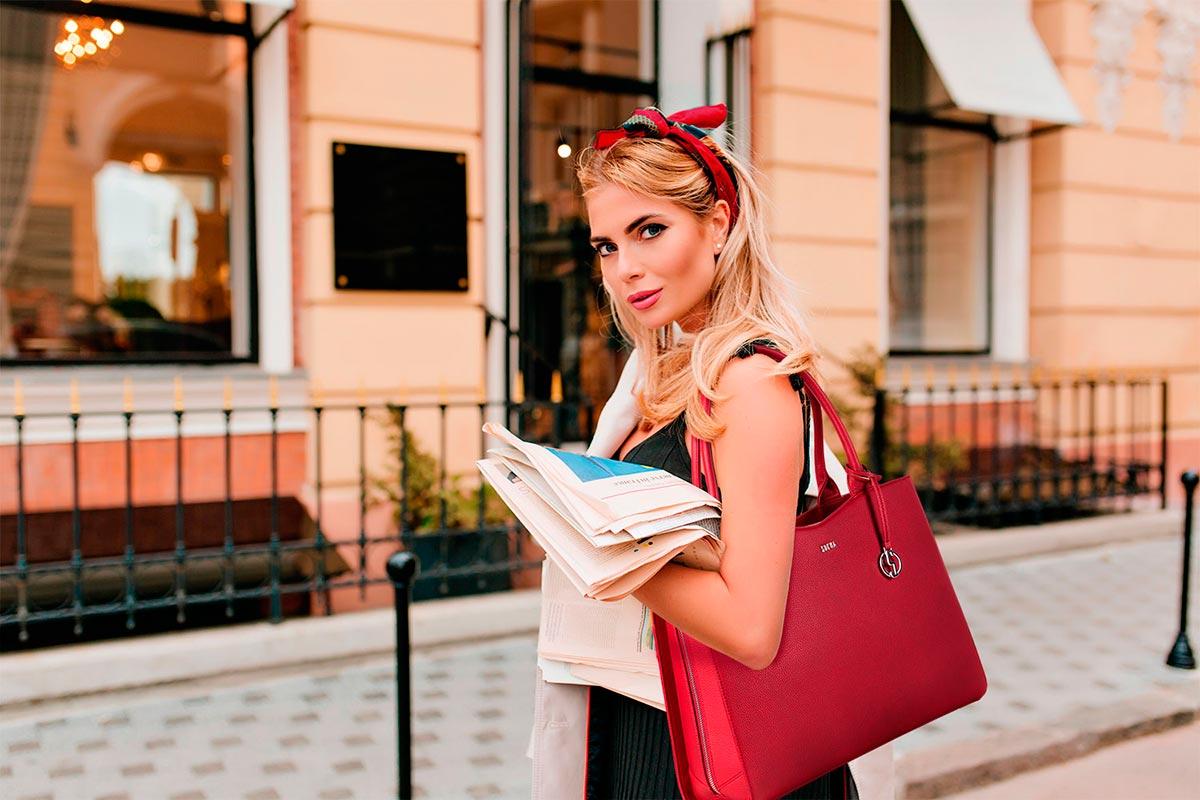 schicke businesstasche für damen von socha modell straight line red